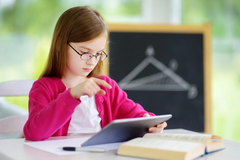 Primeira-Escolha-Avaliações-Educacionais-Itens-Tecnologicamente-Aprimorados